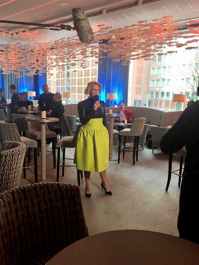 Barbara Schöneberger präsentiert Unser Lied für Rotterdam
